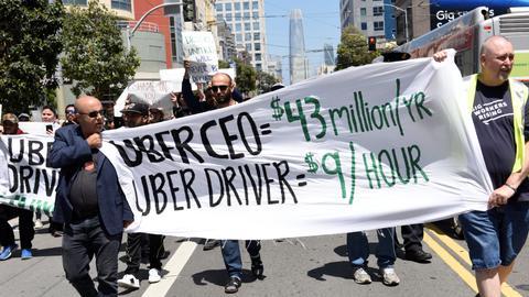 Motoristas da Uber do Reino Unido conquistam direito a férias e salário mínimo, mas ainda há muito pelo que lutar