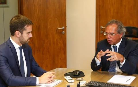 """Eduardo Leite declara """"apoio incondicional"""" à reforma da previdência"""