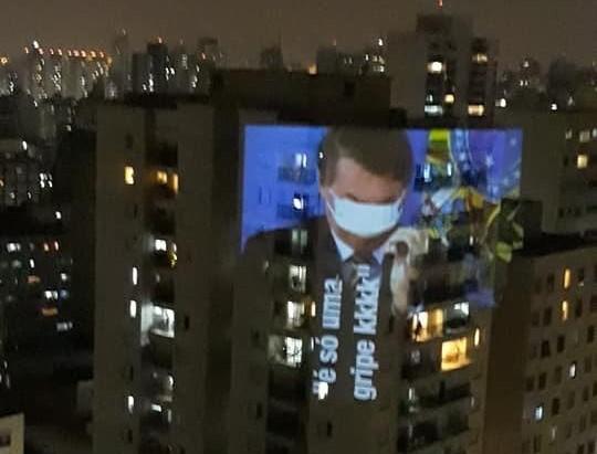 Bolsonaro fará pronunciamento às 17h, e panelaços são convocados em todo país