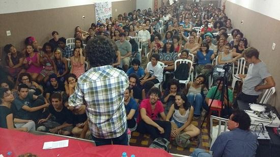 Mais de 400 jovens fundam nova juventude revolucionária e anticapitalista