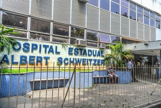 Prefeitura assume dois hospitais do estado, precarização e OSs continuarão