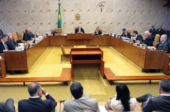 STF rejeita recursos de Cunha para rito de impeachment, PT aposta nas suas alianças