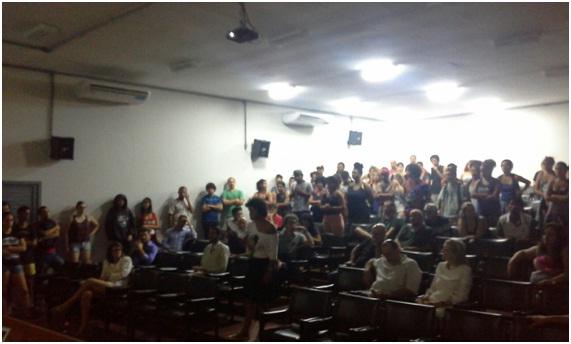 Estudantes da Unesp de Marília ocupam o campus contra a retirada do Diretório Acadêmico