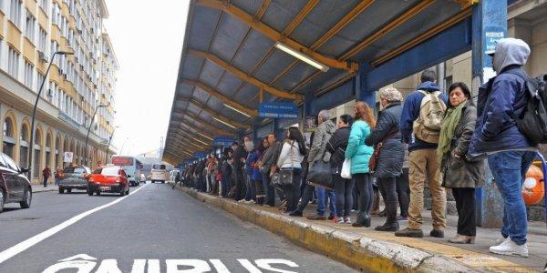 Para manter lucro dos patrões Marchezan decreta maior lotação nos ônibus na segunda-feira