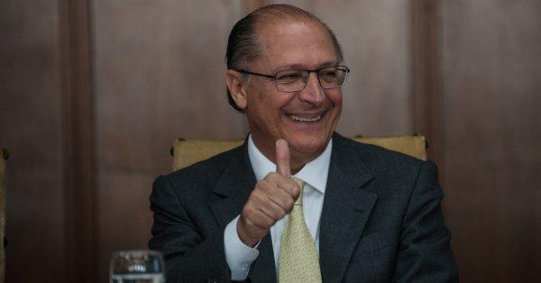 Tribunal aprova contas de Alckmin mesmo com irregularidades