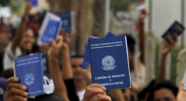 Precarização do trabalho: mão de obra temporária é a maior em 12 anos no Brasil