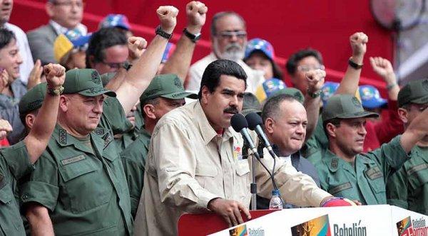 Como Maduro e o chavismo aplainaram o caminho para a ofensiva golpista do imperialismo e da direita