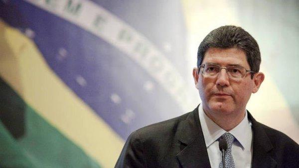 Bolsonaro faz 'fritura pública' e liberal Joaquim Levy se demite da presidência do BNDES