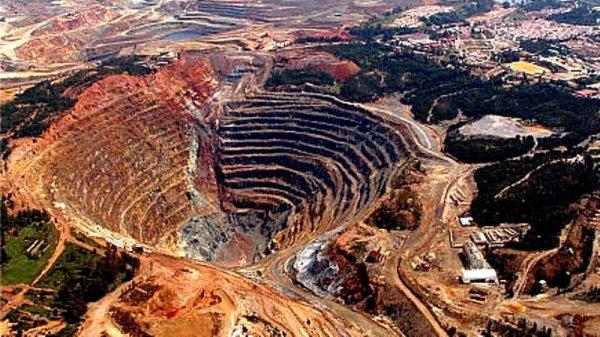 A propósito de 1 ano do crime da Vale em Brumadinho: o fim da mineração é a solução?