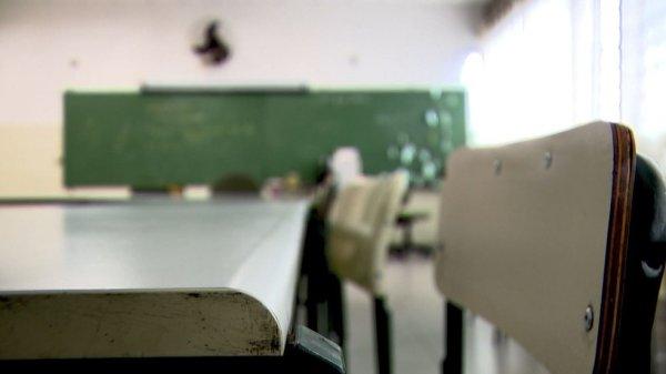 Construir a greve pela base para que a comunidade escolar decida quando e como retornar as aulas no Rio
