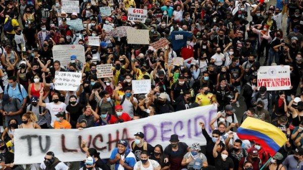 Cai a Reforma Tributária de Duque com os protestos na Colômbia: é possível ir por mais e derrotar o governo!