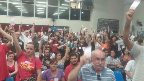 Oposições da APEOESP se unificam para as eleições sindicais