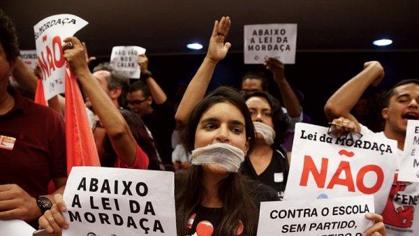 Reuniões de representantes da Apeoesp precisa organizar a luta contra a censura nas escolas