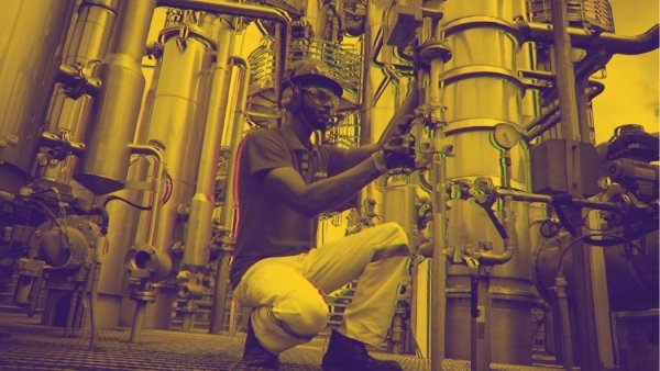 Apontamentos sobre a situação da indústria no Brasil