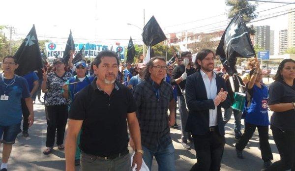 Del Caño no Chile: intensa agenda com organizações e trabalhadores de direitos humanos