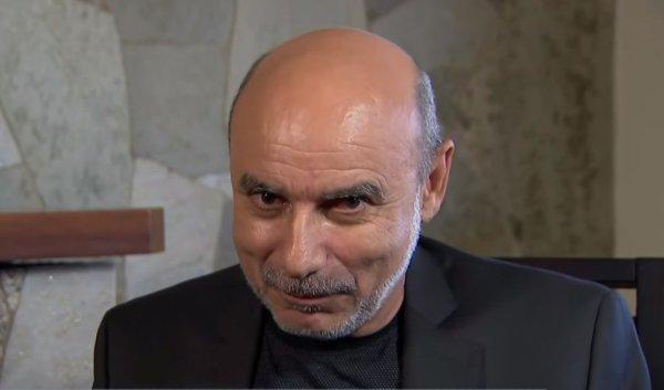 Presidente do STJ decide colocar Queiroz em prisão domiciliar, de olho em vaga no STF
