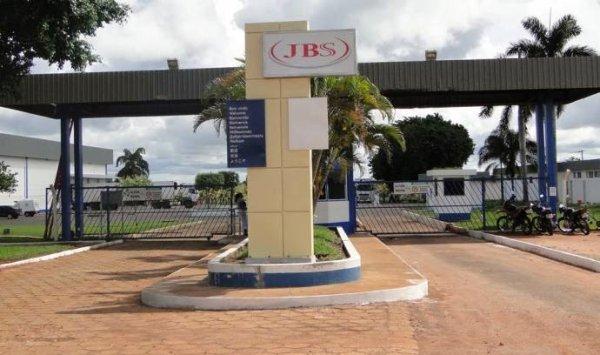 Carta de Andréia Pires aos trabalhadores da fábrica JBS sobre sua demissão