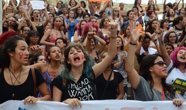 As jovens feministas: nos organizemos contra Bolsonaro, o patriarcado e os capitalistas