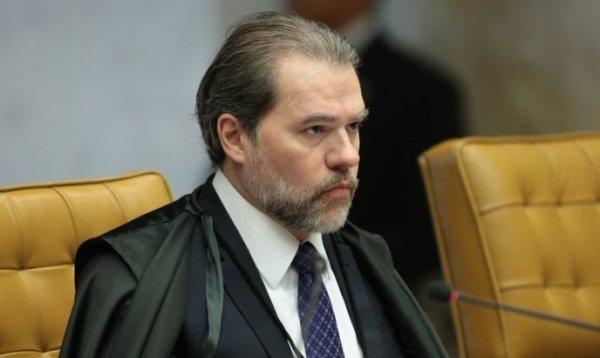 Autoritário, Toffoli reafirma censura das entrevistas com Lula