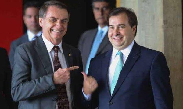 """Sem remorsos pelo golpe, Rodrigo Maia diz que Moro tenta acuar """"instituições democráticas"""""""