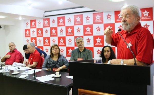 Segundo dia de reunião do Diretório Nacional do PT é marcado por crise entre as alas do partido