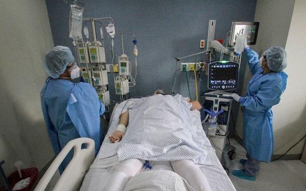 Por negligência de Bolsonaro e Governadores, 244 médicos brasileiros morreram de Covid-19