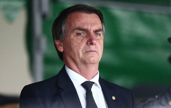 Bolsonaro omite e distorce detalhes dos gastos de campanha