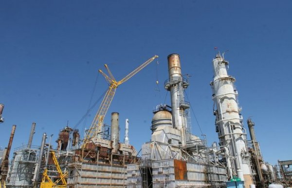 Presidente da Petrobras diz ter interesse de vender uma fatia da estatal na Braskem