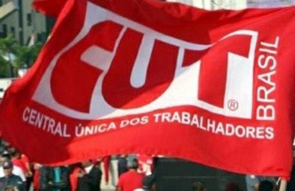 """CUT organiza """"mutirão de visitas aos gabinetes"""" em Brasília: mobilização ou conciliação?"""