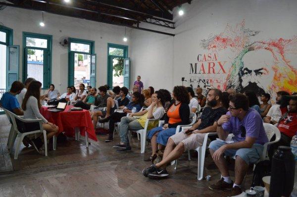 """""""A atualidade do marxismo no Brasil pós golpe"""" na Casa Marx-Rio reúne jovens e trabalhadores"""
