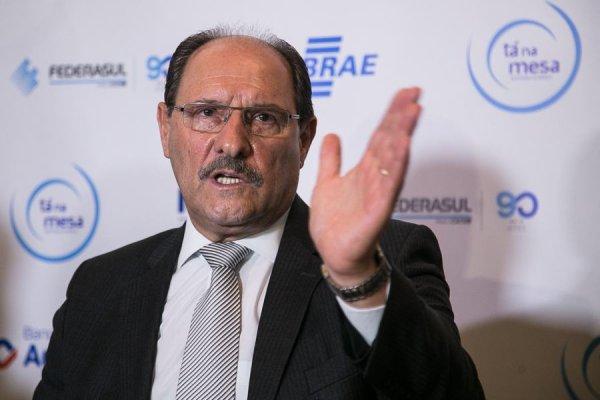 Justiça Eleitoral proíbe sindicato de professores de criticar Sartori em escolas públicas