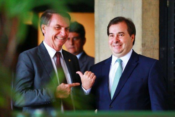 Partidos organizam bloco na Câmara para isolar PSL e obrigar Bolsonaro a negociar os ataques