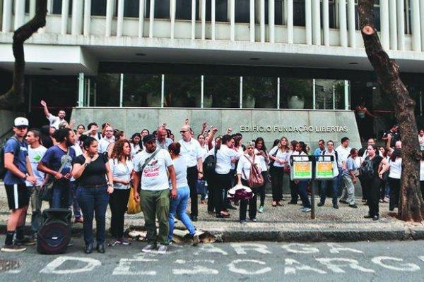 Trabalhadores da UAI BH fazem greve e barram primeira tentativa de privatização de Zema