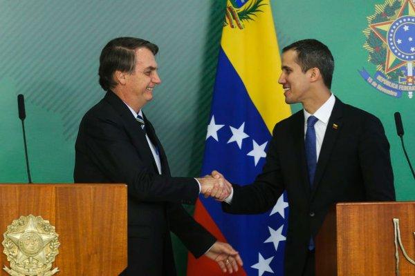 Bolsonaro monta palco para Guaidó defender golpe dos EUA na Venezuela