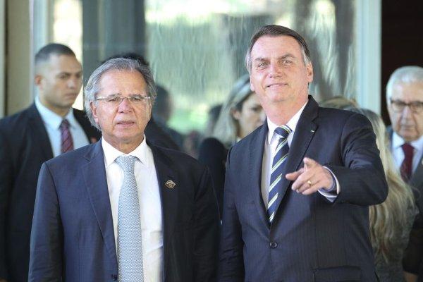 O que Guedes e Bolsonaro mantiveram e no que recuaram dos grandes ataques aos trabalhadores