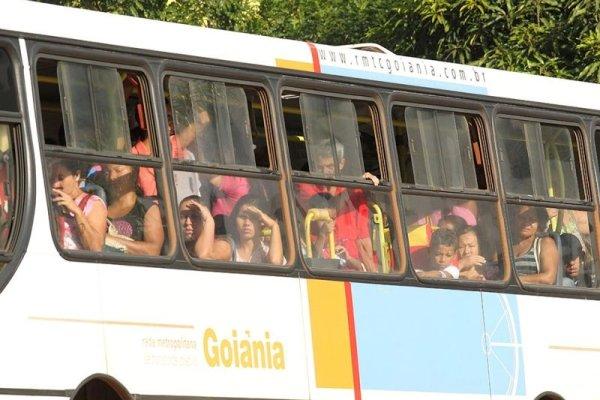 Cinismo dos patrões: de quem é a culpa da aglomeração nos ônibus?