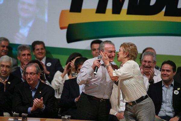 Crise orgânica: queda do PT não melhora os resultados eleitorais de PMDB e PSDB