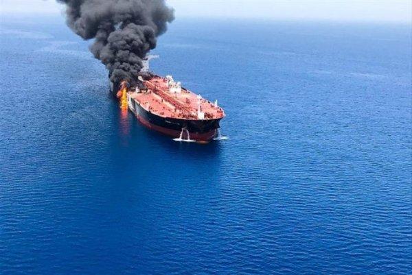 Trump segue jogando petróleo sobre as tensões no Oriente Médio