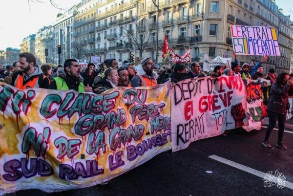24 de janeiro: por um dia de greve geral política contra a lei Macron-Berger
