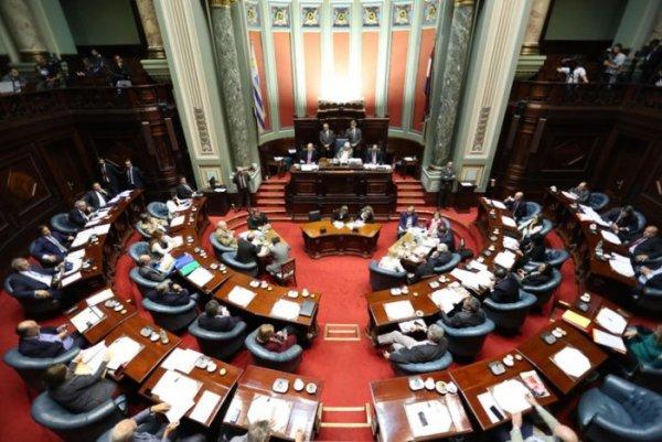[Uruguai] LUC: Aprovada no Parlamento, mas rechaçada nas ruas.