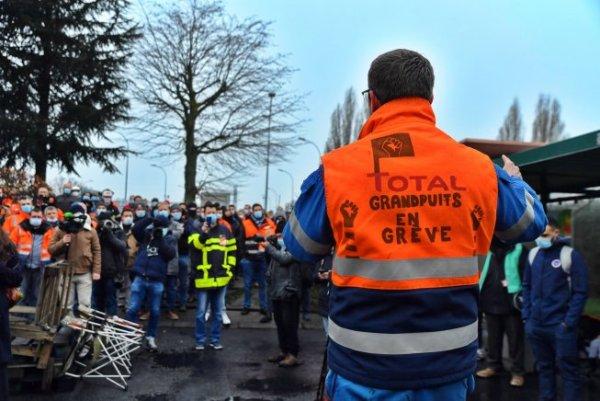 """[ENTREVISTA] Balanço da luta de petroleiros em Grandpuits, na França: """"nossa luta fincou as bases para o conjunto da classe trabalhadora"""""""