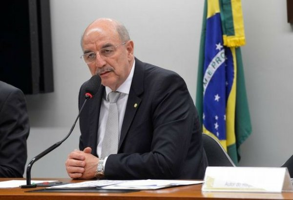 Ministro de Temer quer restringir o álcool e proibir o debate sobre as drogas