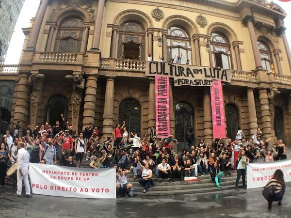 Artistas e coletivos de teatro de SP em ato contra os ataques à Lei de Fomento