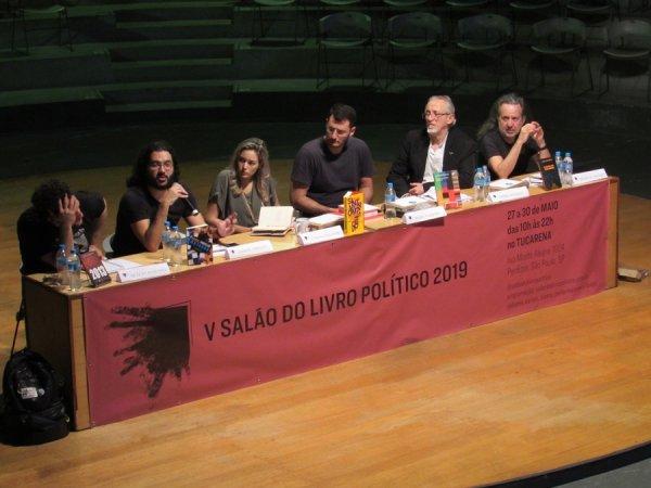 """Edison Urbano lança """"Brasil: ponto de mutação"""" no V Salão do Livro Político"""