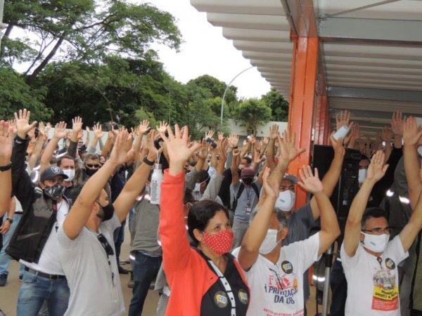 As mulheres na luta contra a privatização da CEB
