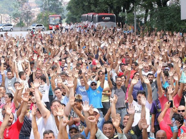 De Clausewitz ao sindicalismo brasileiro