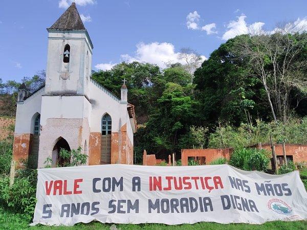 Juiz e Fundação Renova ameaçam famílias que lutam por direitos após desastre de Mariana