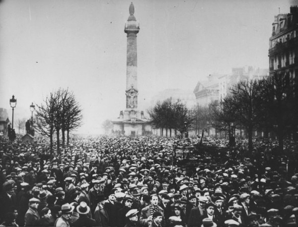 Bonapartismo e Fascismo, por Leon Trotski